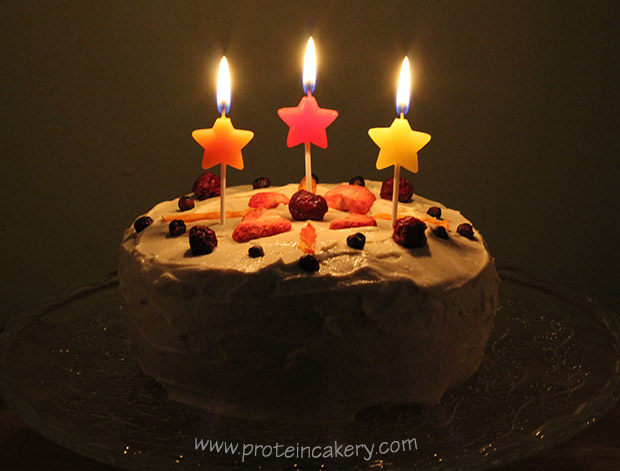 confetti-protein-birthday-cake-candles