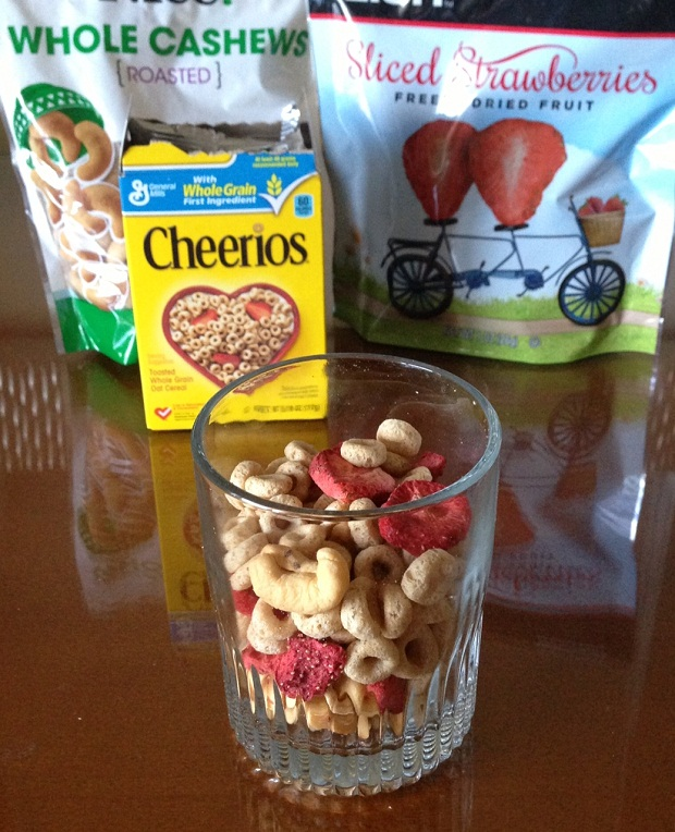fit-travel-tips-crunchy-snack