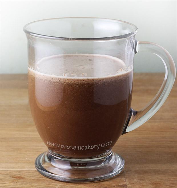peppermint-mocha-protein-latte