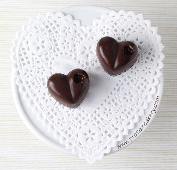 strawberry-filled-protein-chocolates-hearts