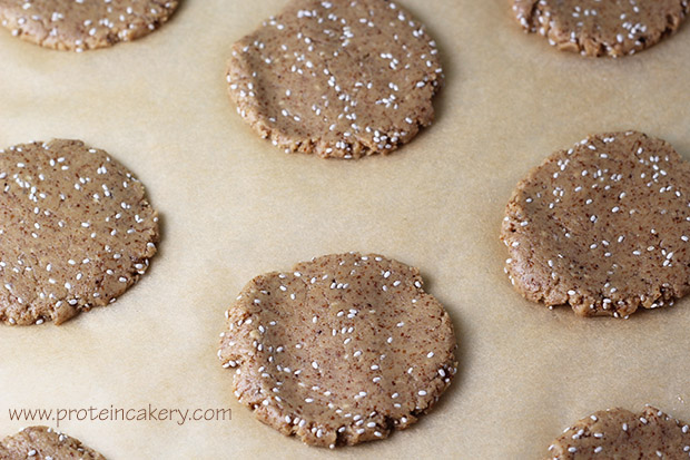 chia-almond-protein-cookies-batter