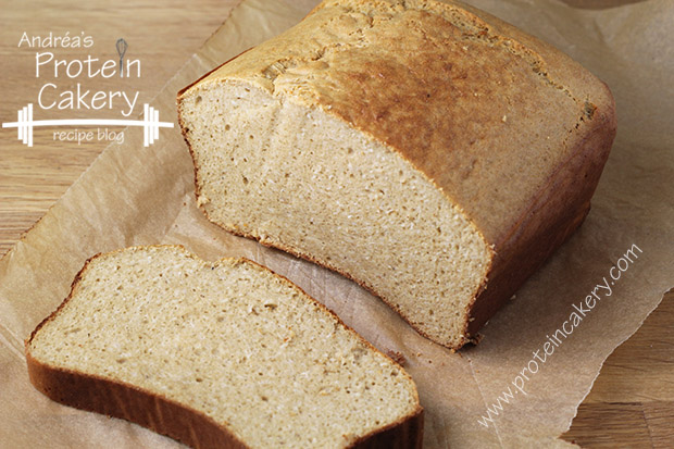 protein-cakery-honey-oat-protein-bread