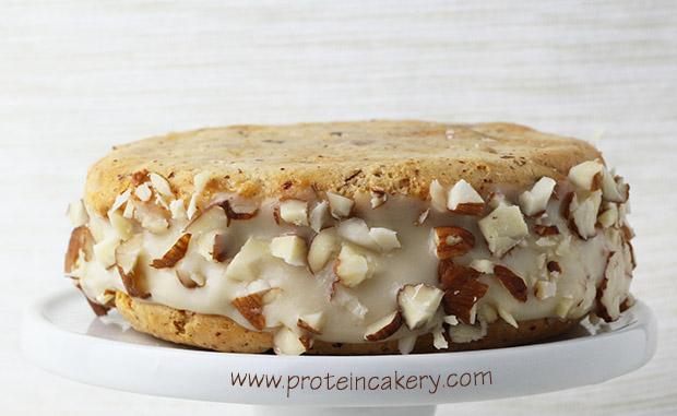 vanilla-almond-crunch-protein-ice-cream-sandwich