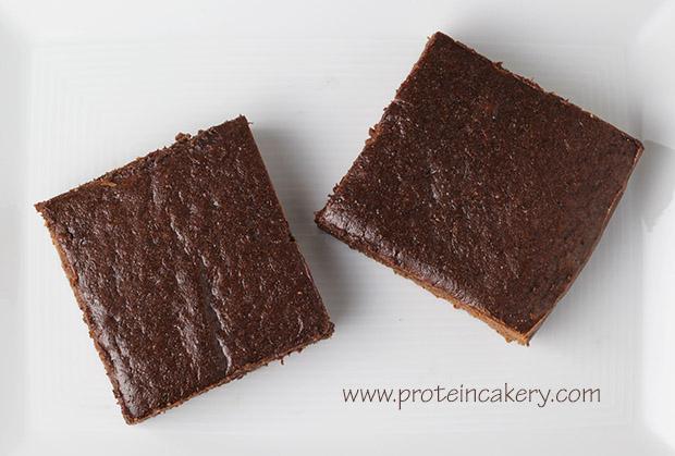 chocolate-fudge-protein-brownies-egg-free