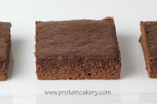 chocolate-fudge-protein-brownies-whey