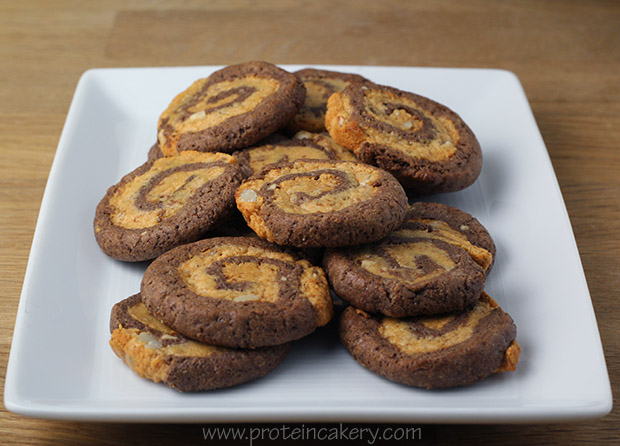 chocolate-peanut-butter-banana-pinwheel-protein-cookies-easy