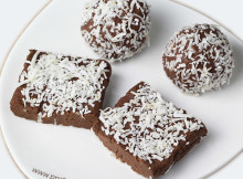 coconut-dusted-chocolate-protein-bars
