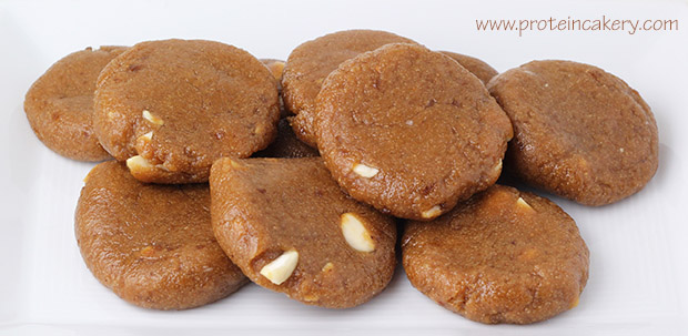 protein-cakery-apricot-cashew-cookies