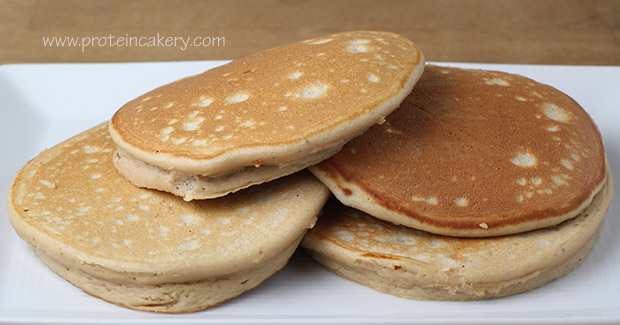 protein-cakery-buttermilk-pancakes