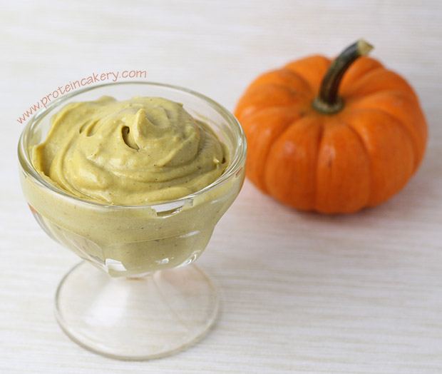 pumpkin-spice-protein-mousse