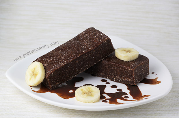 chocolate-peanut-butter-banana-protein-bars