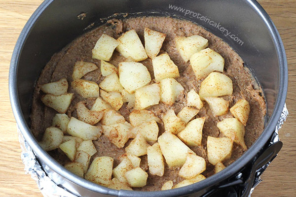cinnamon-apple-protein-cheesecake_scr2