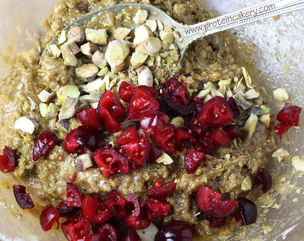 pistachio-cranberry-protein-cookies-whey