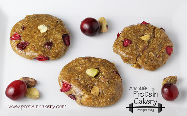protein-cakery-pistachio-cranberry-protein-cookies