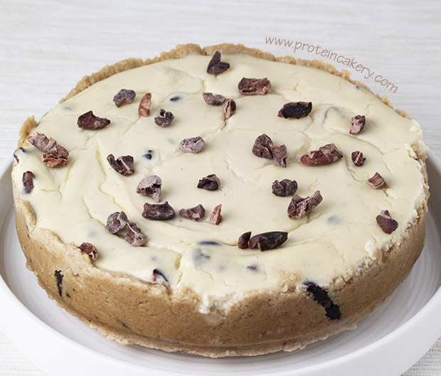 chocolate-chip-protein-cheesecake