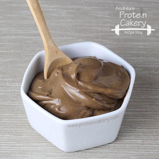 protein-cakery-chocolate-cream-protein-mousse