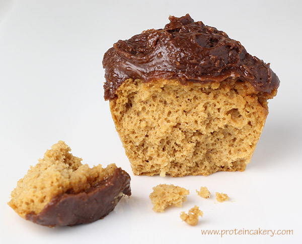 Chocolate Frosted Peanut Butter Protein Cupcakes - Andréa's Protein ...