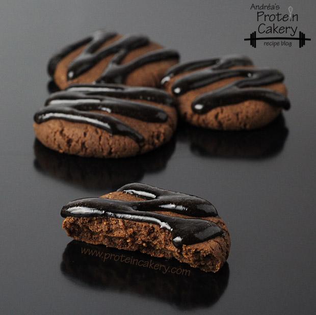 protein-cakery-chocolate-hazelnut-protein-cookies-clutch