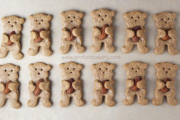 maple-almond-bear-hug-protein-cookies-gluten-free