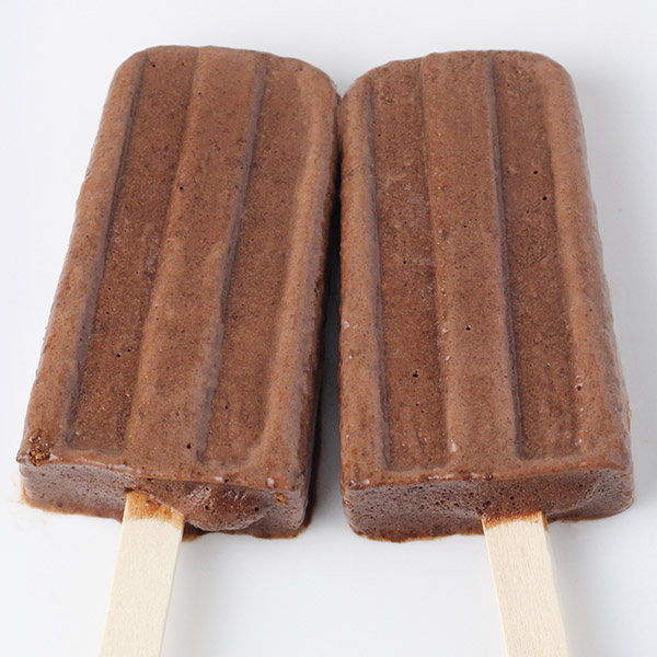 protein-cakery-25-chocolate-fudge-protein-popsicle