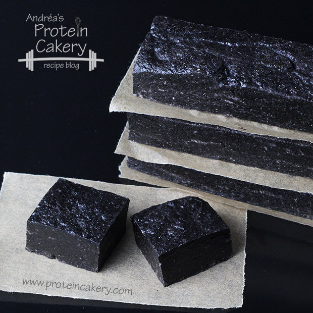 protein-cakery-double-dark-cocoa-protein-bars-clutch