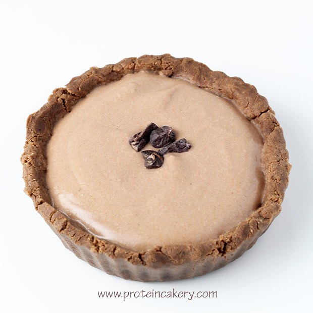 chocolate-cream-protein-tartlets-vegan-coconut