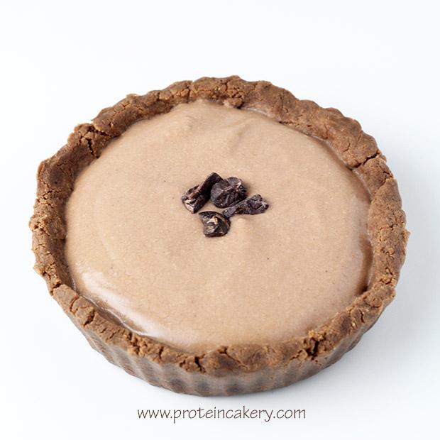 chocolate-cream-protein-tartlets-vegan-coconut