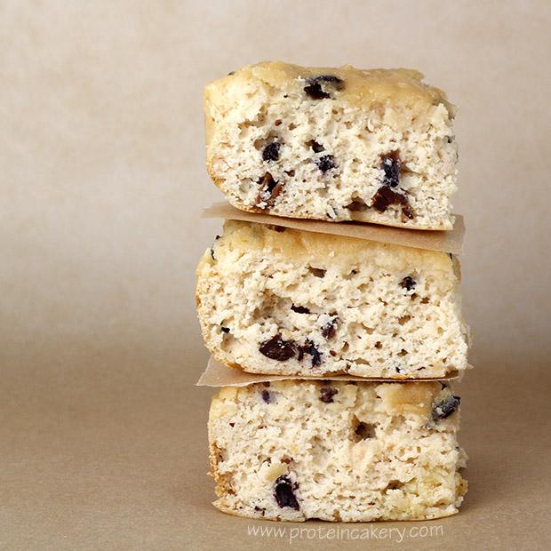 vanilla-chip-protein-snack-cake-vitamin-shoppe-whey