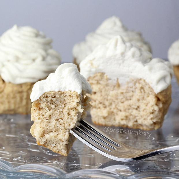 glutenfree-very-vanilla-protein-cupcakes
