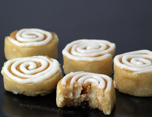 cinnamon-roll-protein-bites-protein-cakery-clutch