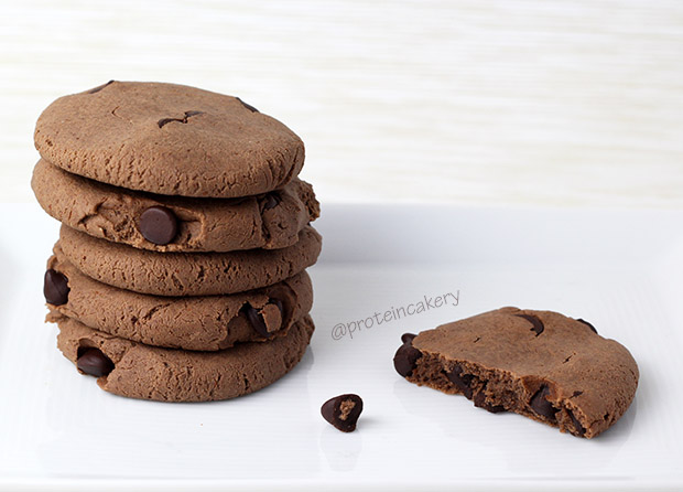 double-chocolate-chip-protein-cookies-glutenfree