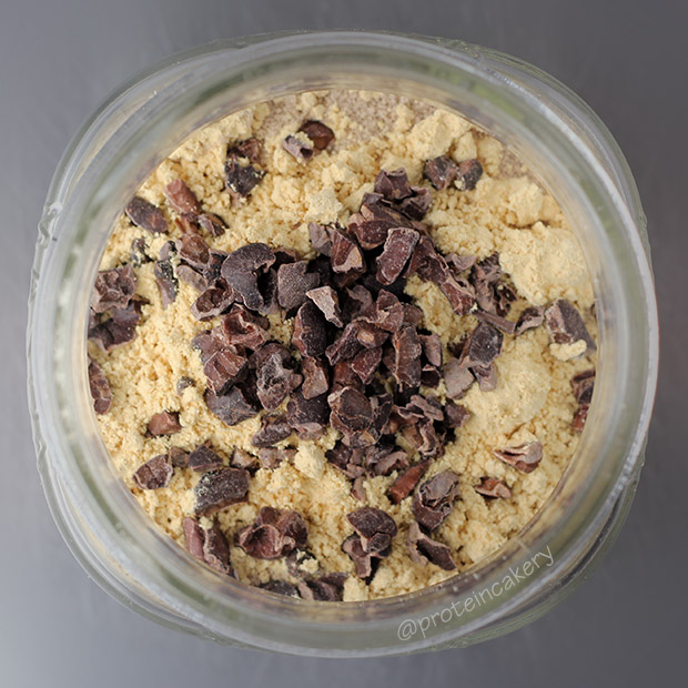 peanut-butter-chip-overnight-protein-oats-glutenfree