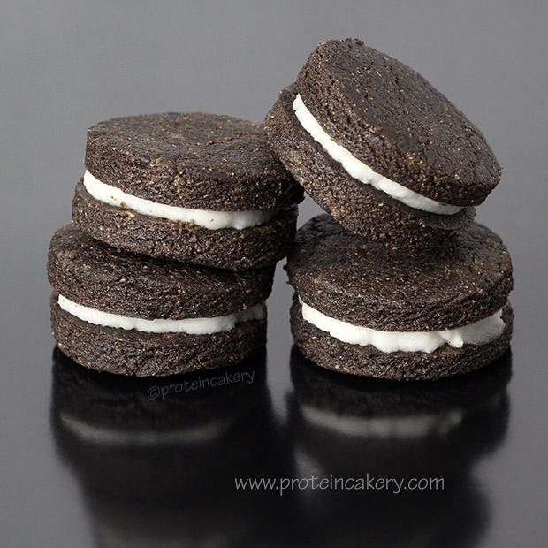 protein-oreo-cookies-glutenfree