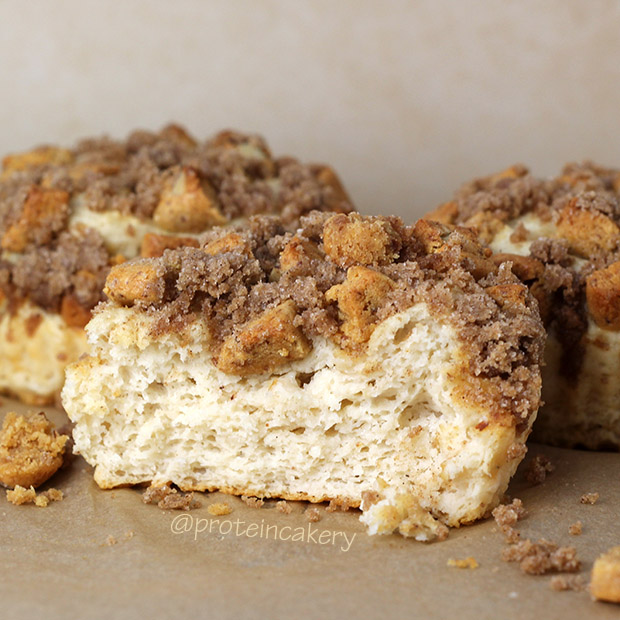 protein-coffee-cake-crumble-topping-glutenfree