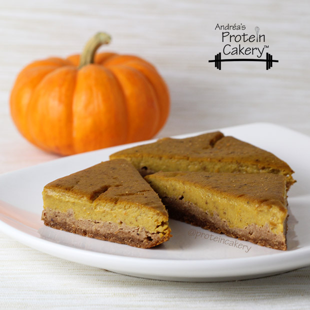 proteincakery-cutandjacked-pumpkin-protein-pie-bars