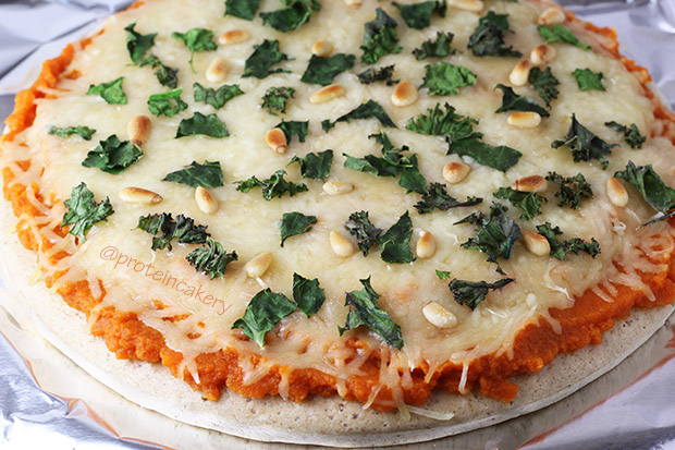 pumpkin-kale-protein-pizza-whey