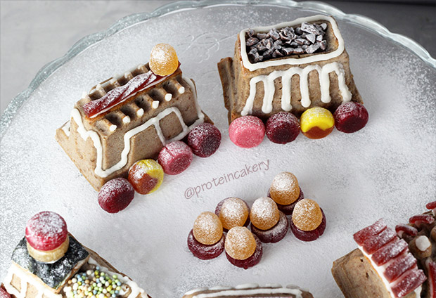 protein-cakery-train-cake-gingerbread