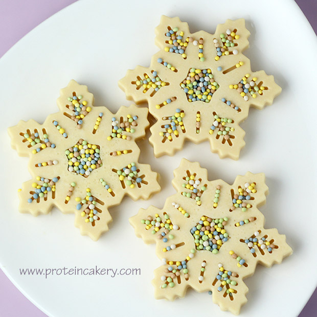 peppermint-white-protein-chocolate-snowflakes-sprinkles