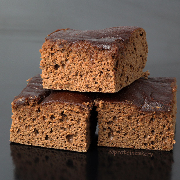 double-chocolate-protein-snack-cake-protein-cakery