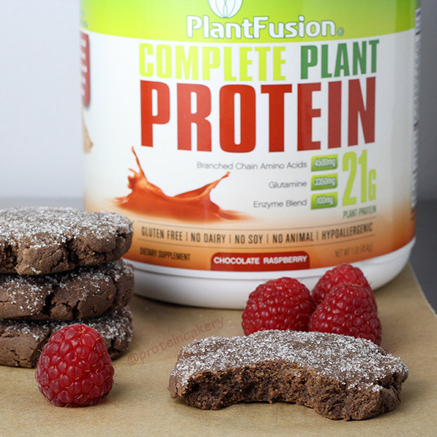 protein-cakery-plantfusion-natural-chocolate-raspberry-protein-sugar-cookies