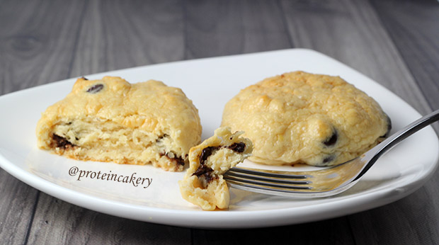 chocolate-chip-protein-pillow-cookies-gluten-free