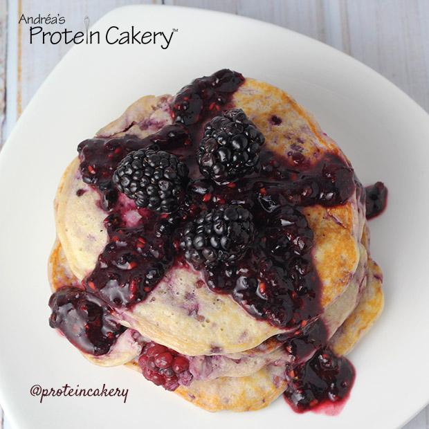 protein-cakery-blackberry-ricotta-protein-pancakes