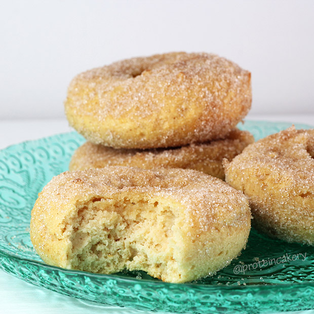 cinnamon-sugar-protein-donuts-gluten-free