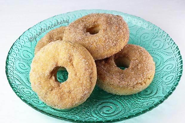 cinnamon-sugar-protein-donuts-protein-cakery-gluten-free