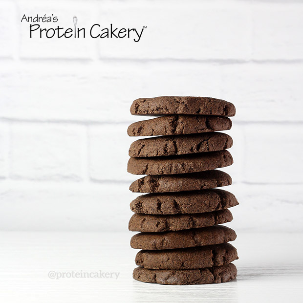 protein-cakery-chocolate-mint-no-bake-protein-cookies