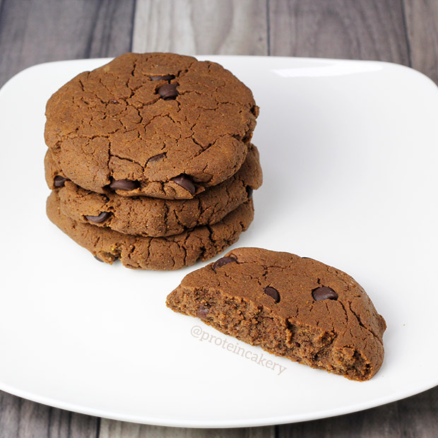 Pumpkin Chocolate Chip Protein Cookies - Andréa's Protein Cakery