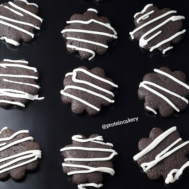 iced-chocolate-mint-protein-cookies-double-chocolate-whey