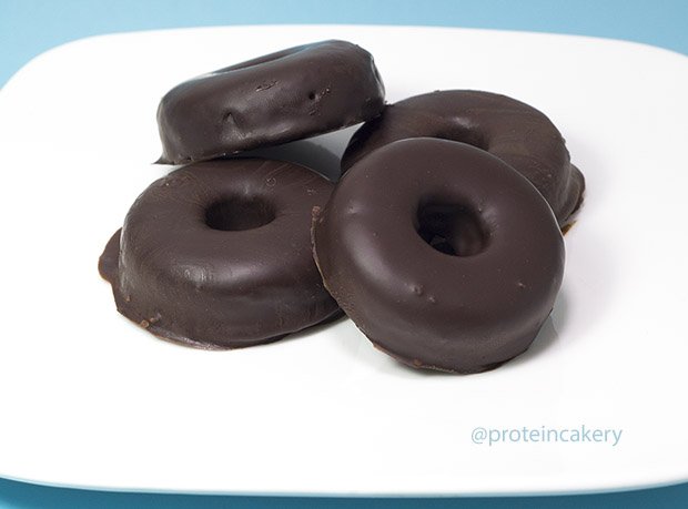 chocolate-covered-donuts-protein-cakery-2